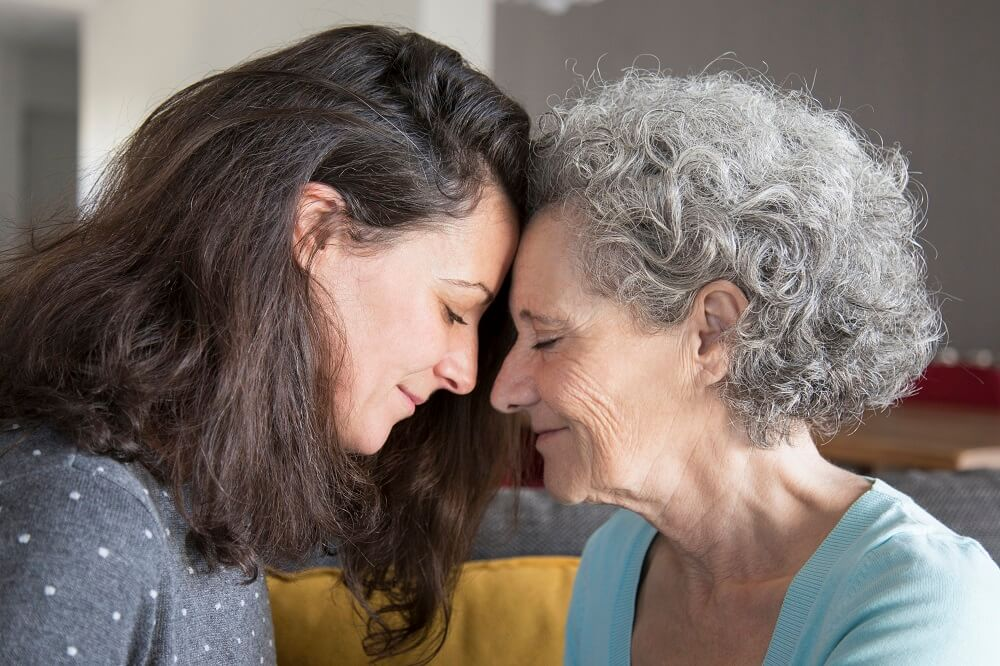 להיות בת להורים מבוגרים