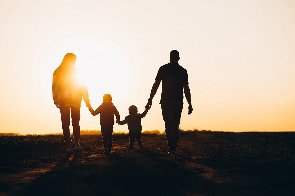 טיפול משפחתי על קצה המזלג